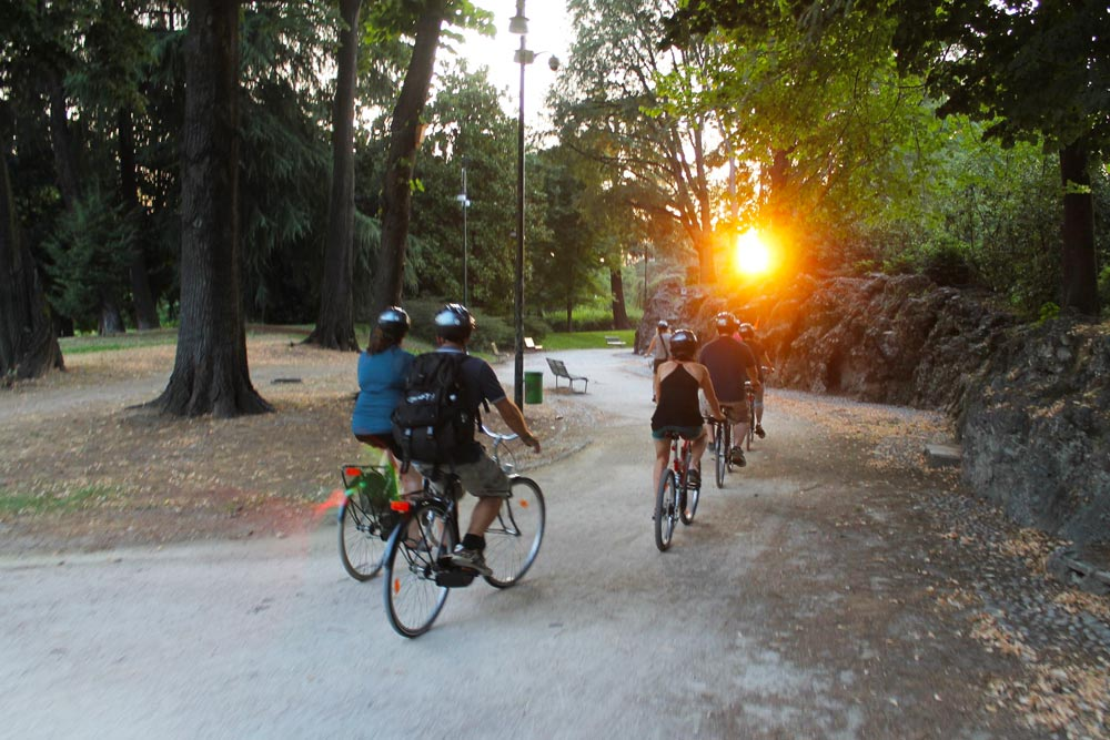 Things-to-do-in-Milan-for-couples-bike-and-the-city-tour-bicicletta-milano-roma-verona-3