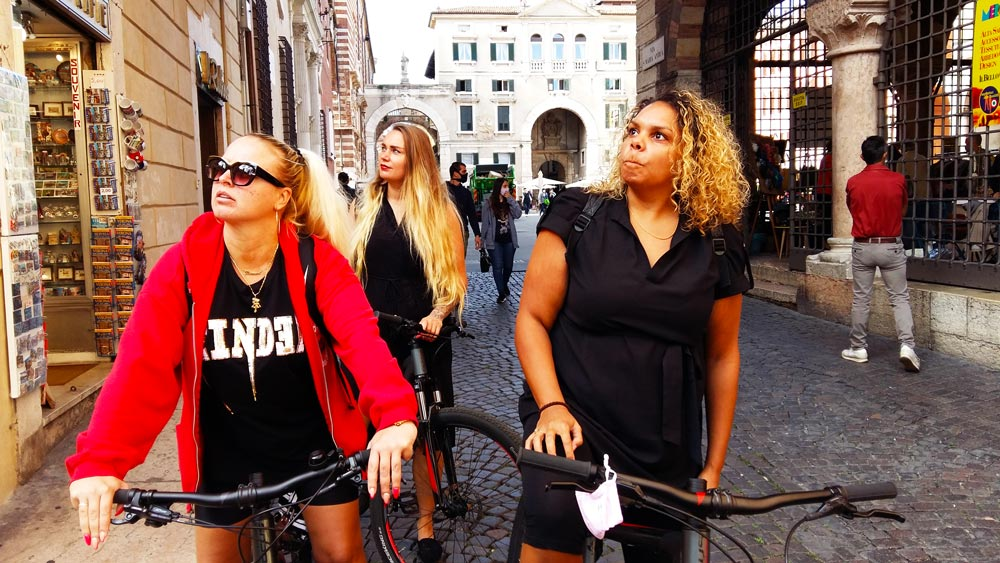 Things-to-do-in-Verona-in-two-days-bike-and-the-city-tour-bicicletta-milano-roma-verona-5